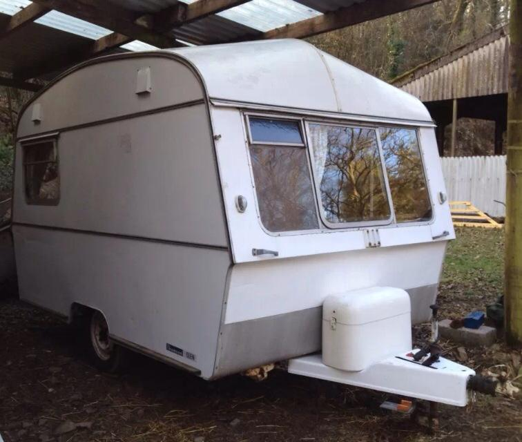 Caravan Shop Project - Turning my 1970's Thomson Glen into a Silly